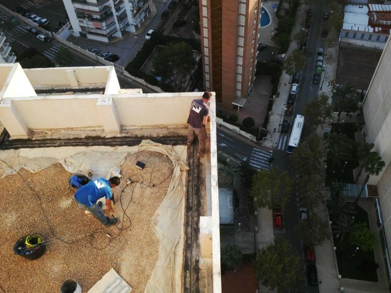 Reparaci n y aislamiento de tejados y cubiertas grupo bdi - Impermeabilizacion de tejados ...