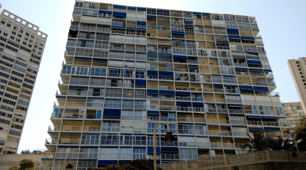 Edificio Halcón de Benidorm
